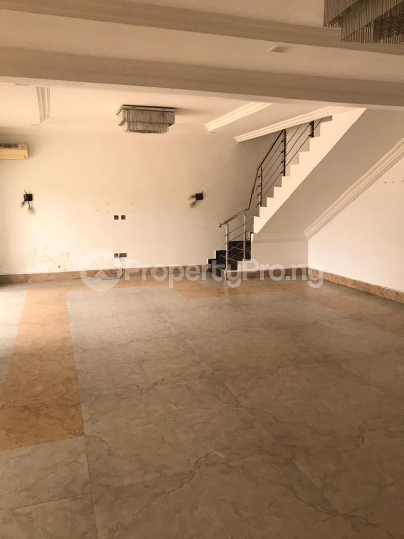 3 bedroom Massionette for rent Gaduwa Abuja - 16