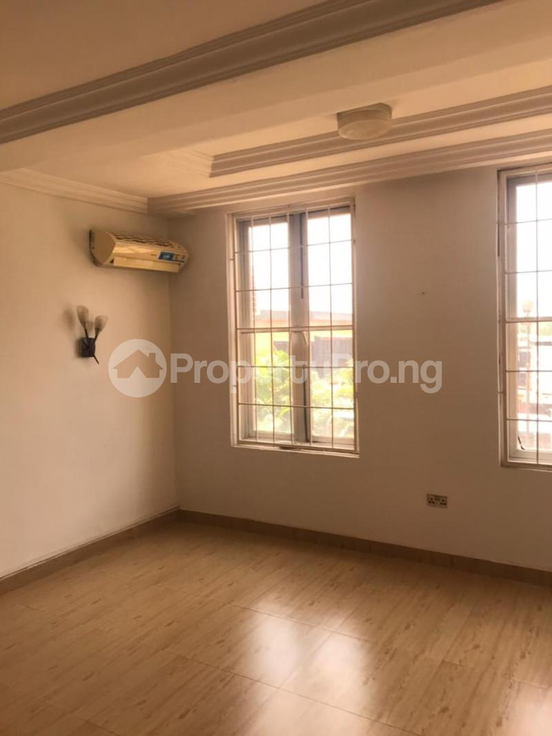 3 bedroom Massionette for rent Gaduwa Abuja - 14