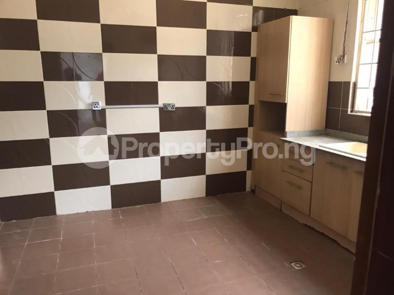 3 bedroom Massionette for rent Gaduwa Abuja - 19
