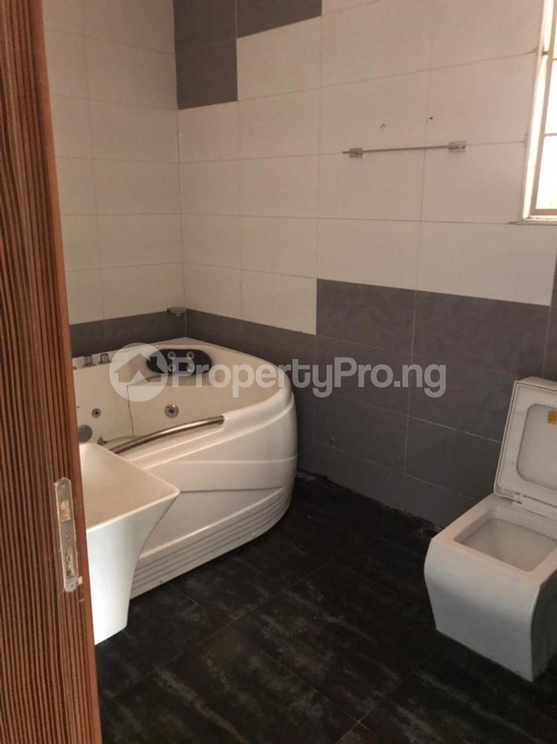 3 bedroom Massionette for rent Gaduwa Abuja - 11