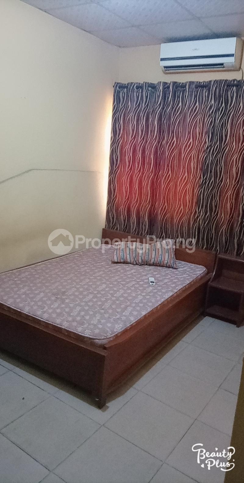 Self Contain Flat / Apartment for rent Oke Afa isolo Lagos Mainland Oke-Afa Isolo Lagos - 5