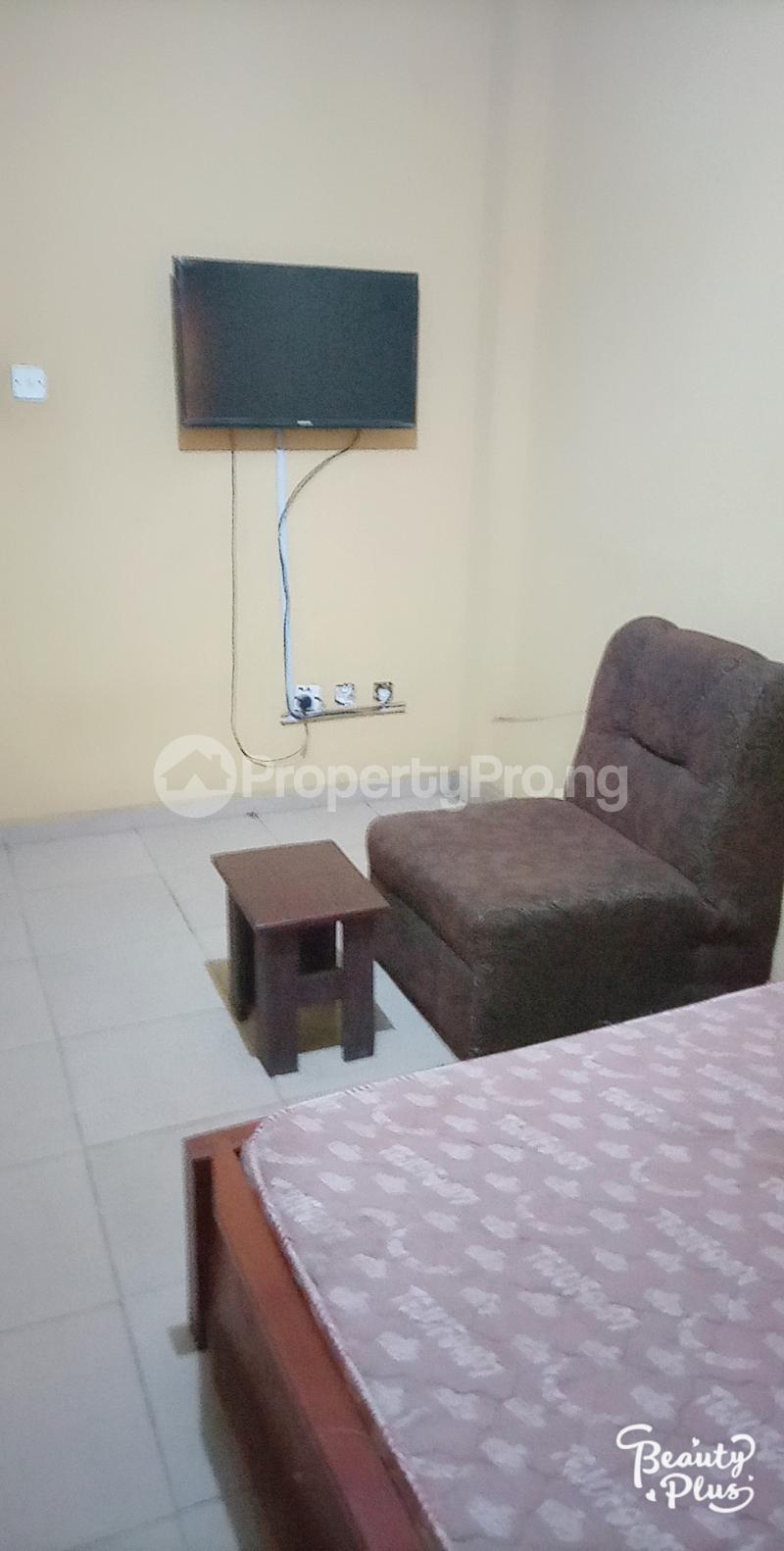Self Contain Flat / Apartment for rent Oke Afa isolo Lagos Mainland Oke-Afa Isolo Lagos - 4