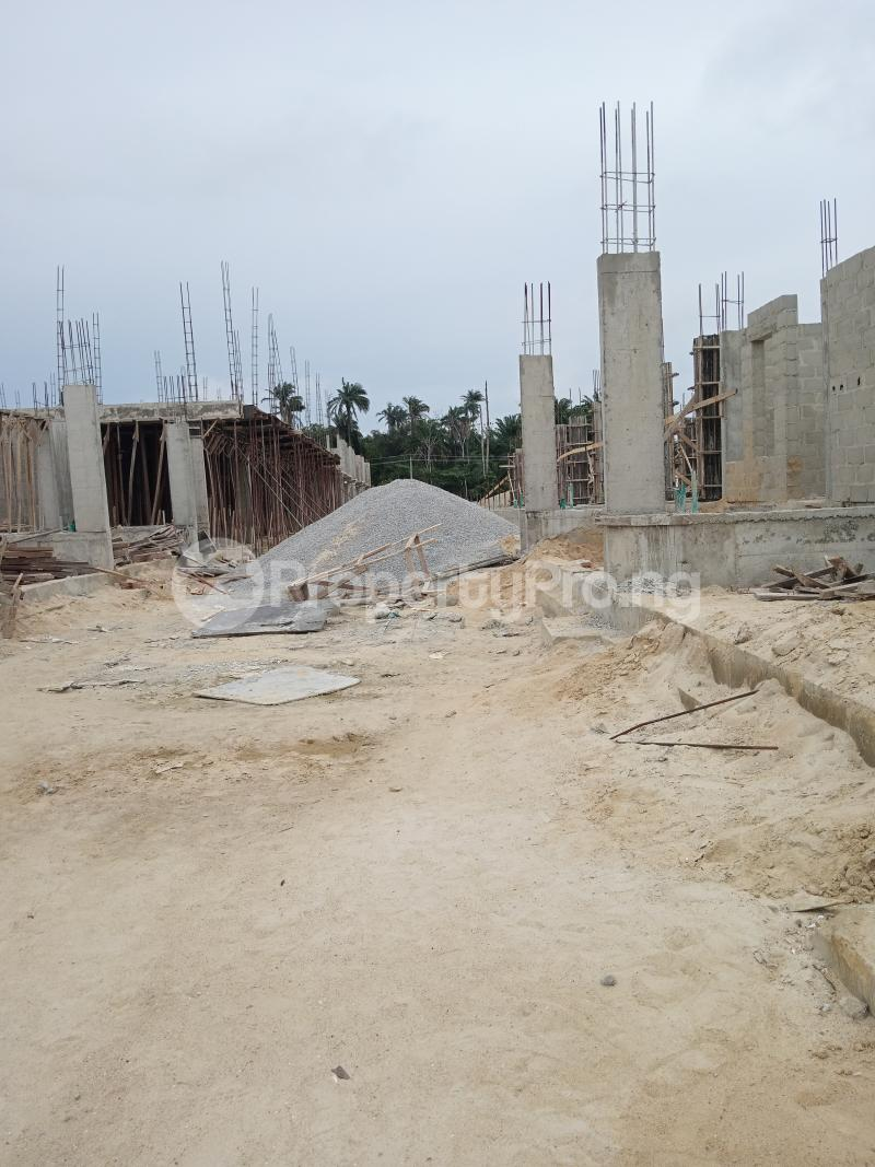 4 bedroom Terraced Duplex for sale Bridge Estate Before Chevron Tollgate. chevron Lekki Lagos - 7