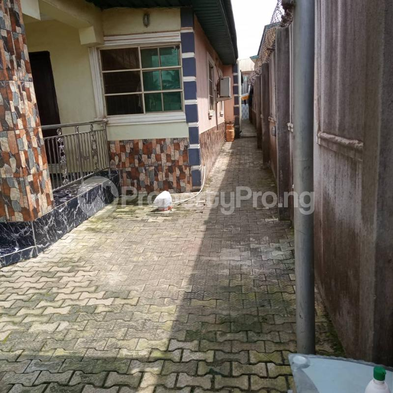 4 bedroom Detached Bungalow House for sale Off ile iwe meiran Abule Egba Abule Egba Lagos - 7