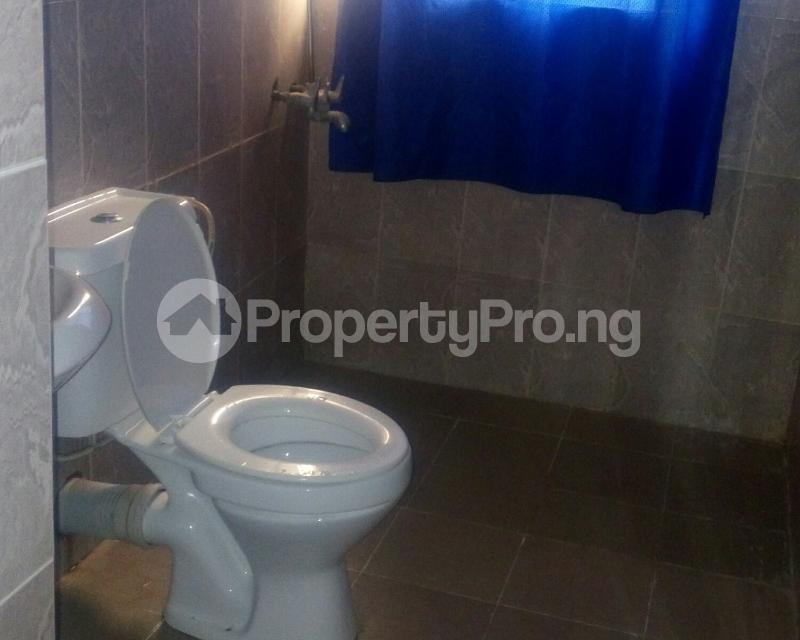 Self Contain for rent Oke Afa Isolo. Lagos Mainland Isolo Lagos - 2