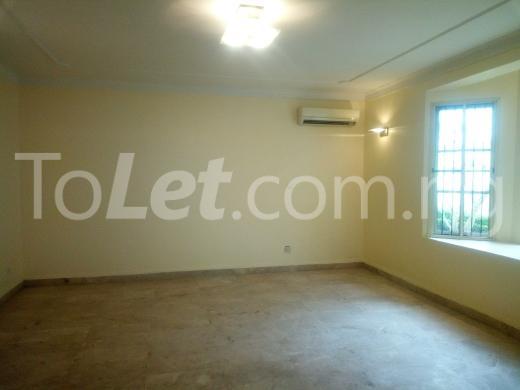 1 bedroom mini flat  Flat / Apartment for rent Off Aminu Jubrin Street Mojisola Onikoyi Estate Ikoyi Lagos - 11