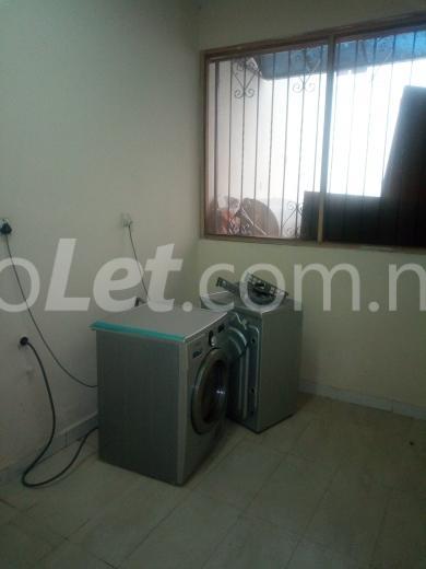 1 bedroom mini flat  Flat / Apartment for rent Off Aminu Jubrin Street Mojisola Onikoyi Estate Ikoyi Lagos - 5