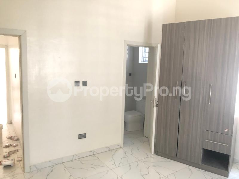 4 bedroom Detached Duplex House for sale Alternative route  chevron Lekki Lagos - 11