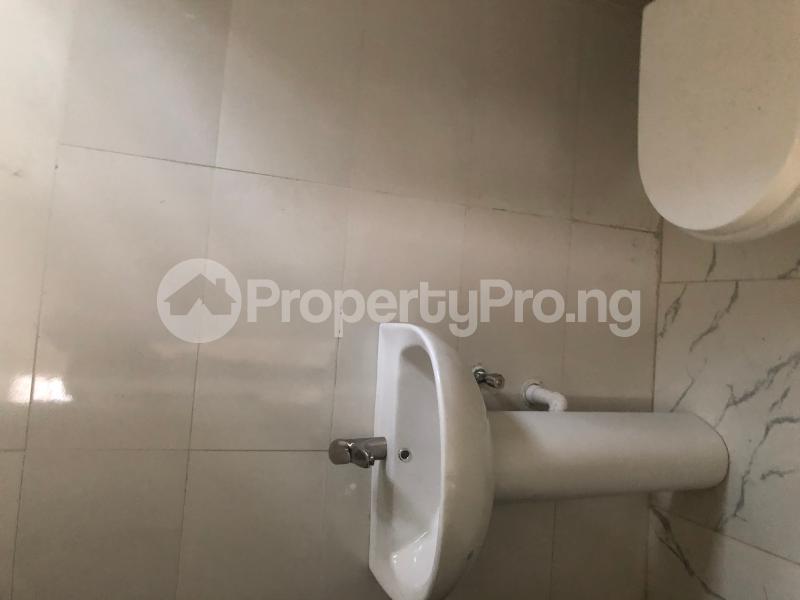 4 bedroom Detached Duplex House for sale Alternative route  chevron Lekki Lagos - 8