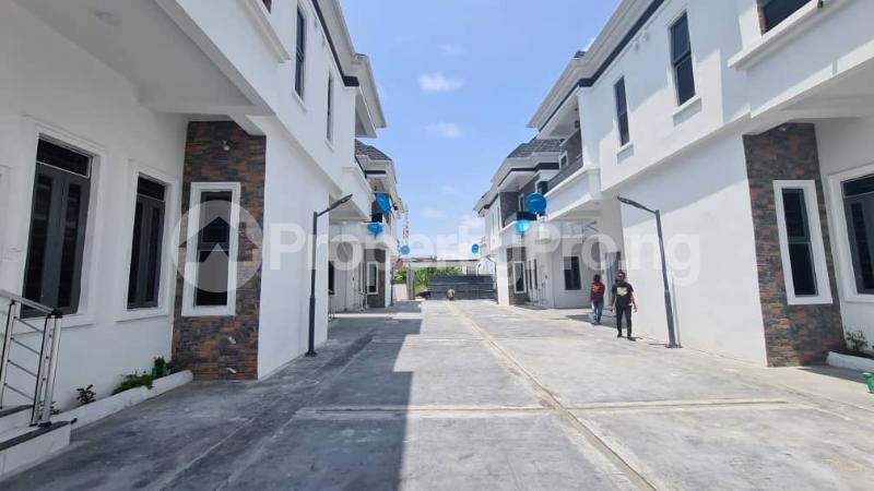 4 bedroom Semi Detached Duplex House for sale Near Oral Estate, CHEVRON 2nd Toll Gate, Lekki Lekki Phase 2 Lekki Lagos - 4