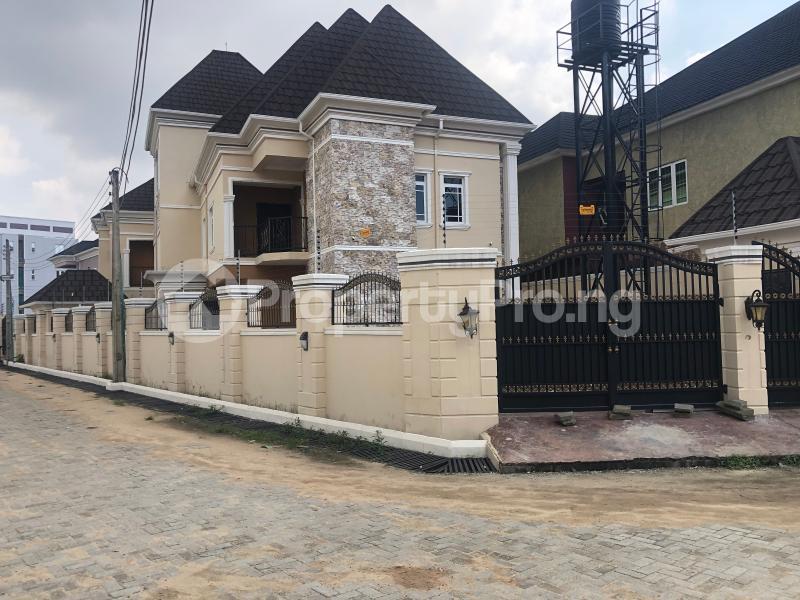 4 bedroom Detached Duplex for sale An Estate At Iponrin Alaka/Iponri Surulere Lagos - 0