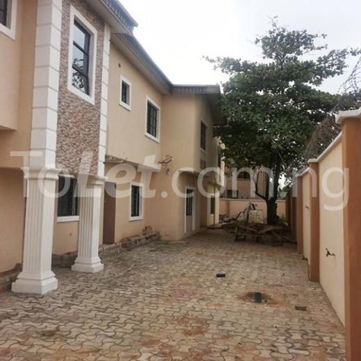 3 bedroom Flat / Apartment for shortlet Off Shomide Odujirin Omole phase 2 Ojodu Lagos - 1