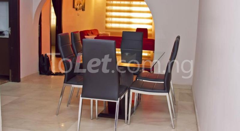 3 bedroom Flat / Apartment for shortlet Off Shomide Odujirin Omole phase 2 Ojodu Lagos - 3