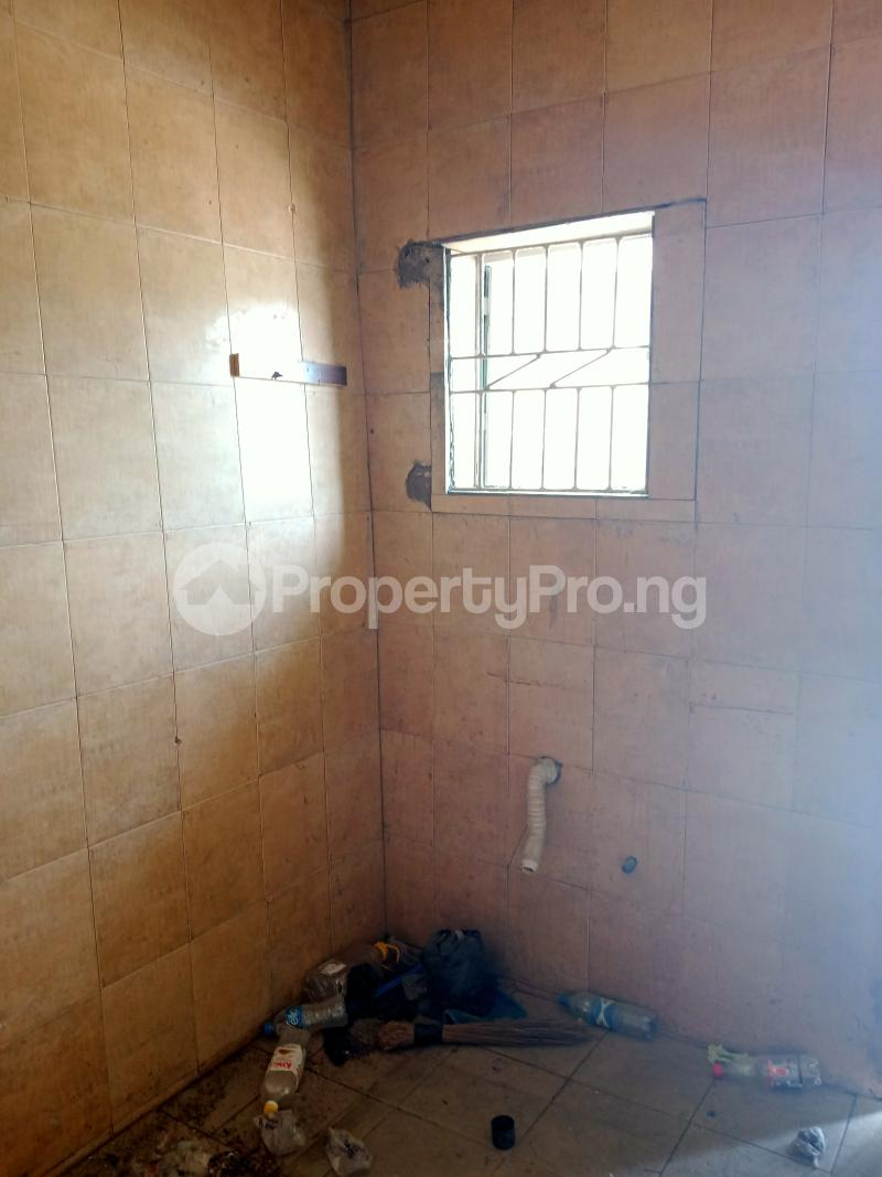 2 bedroom Shared Apartment Flat / Apartment for rent Ayodele street, Abule-Oja Yaba Lagos - 5