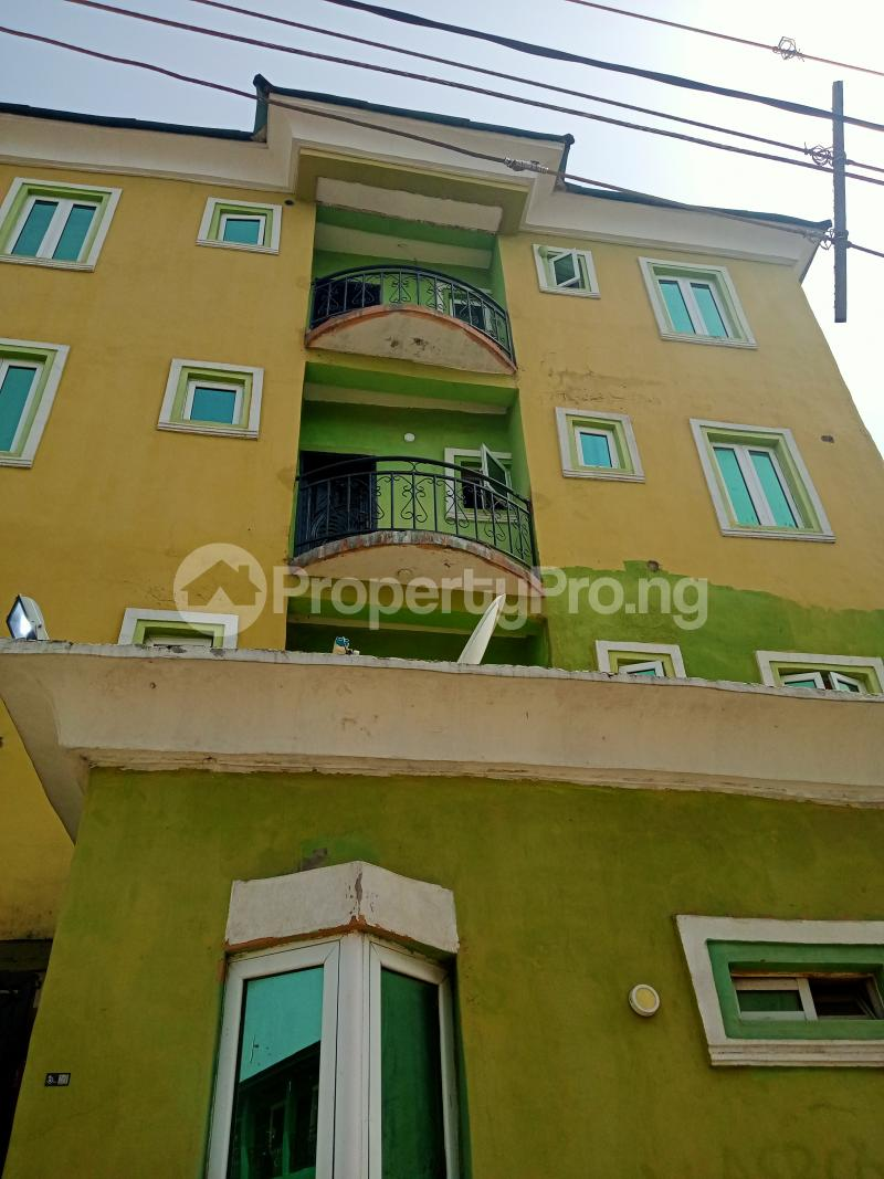 2 bedroom Shared Apartment Flat / Apartment for rent Ayodele street, Abule-Oja Yaba Lagos - 0