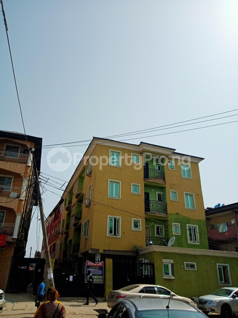 2 bedroom Shared Apartment Flat / Apartment for rent Ayodele street, Abule-Oja Yaba Lagos - 1