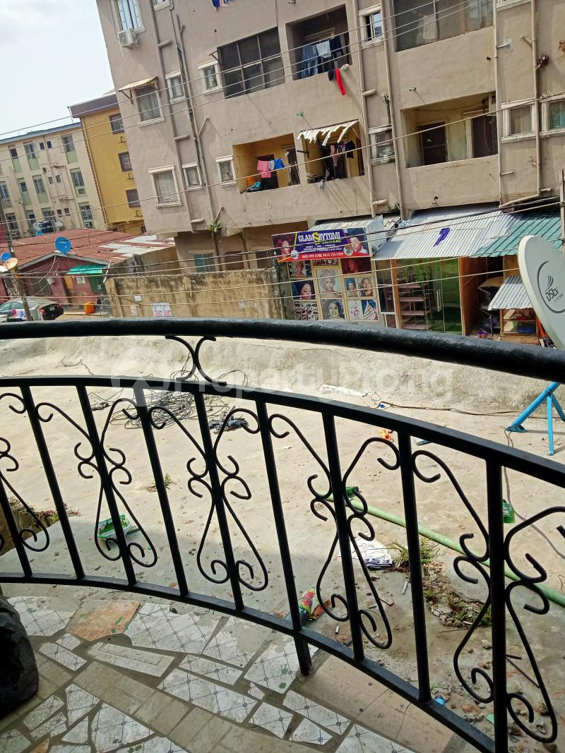 2 bedroom Shared Apartment Flat / Apartment for rent Ayodele street, Abule-Oja Yaba Lagos - 6