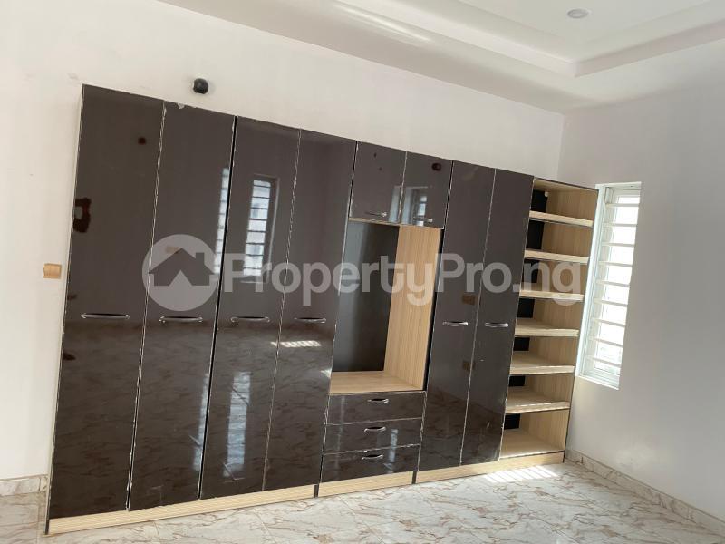 4 bedroom Detached Duplex House for sale Victory park  Thomas estate Ajah Lagos - 11