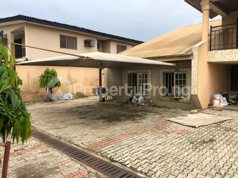 5 bedroom Detached Duplex House for sale Medina Estate Atunrase Medina Gbagada Lagos - 6