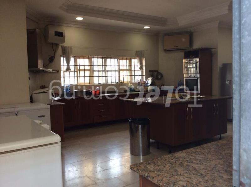 9 bedroom House for sale 2nd Ave Banana Island Ikoyi Lagos - 2