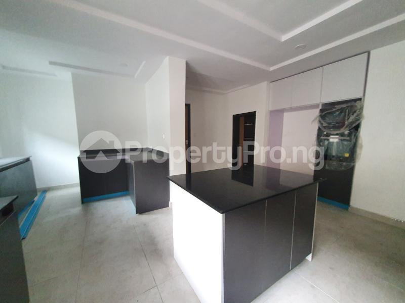 5 bedroom Detached Duplex House for sale - chevron Lekki Lagos - 8
