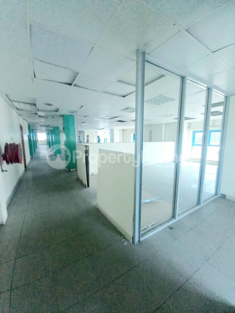 1 bedroom Shop for rent E Adeola Odeku Victoria Island Lagos - 4