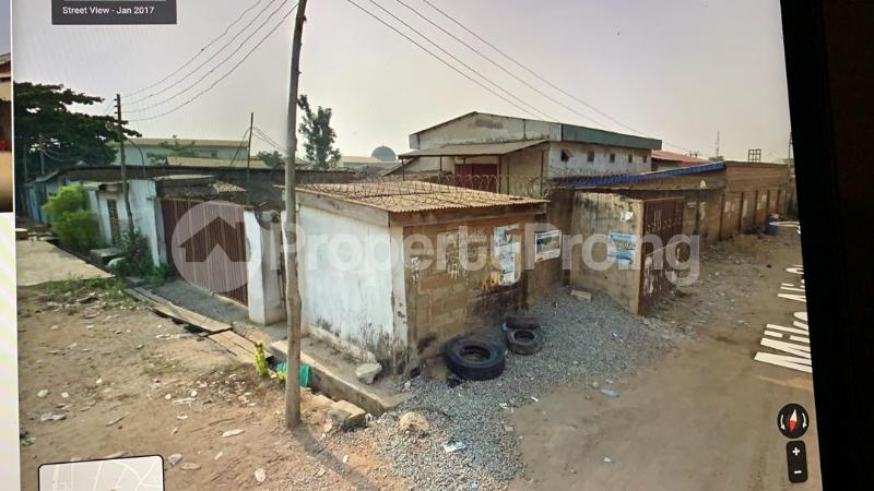 Commercial Land Land for sale Lago Abeokuta Express Way Ishaga Village Ojokoro Alimosho Alimosho Lagos - 1