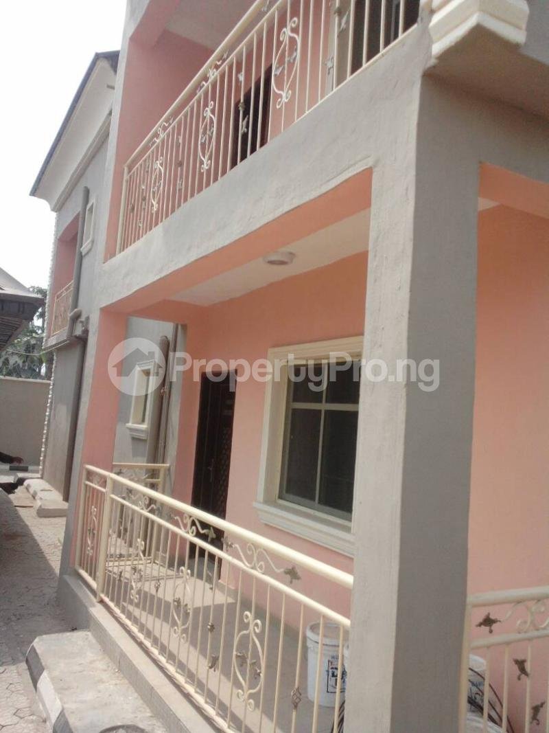 5 bedroom Detached Duplex House for sale Governor's rd Governors road Ikotun/Igando Lagos - 3