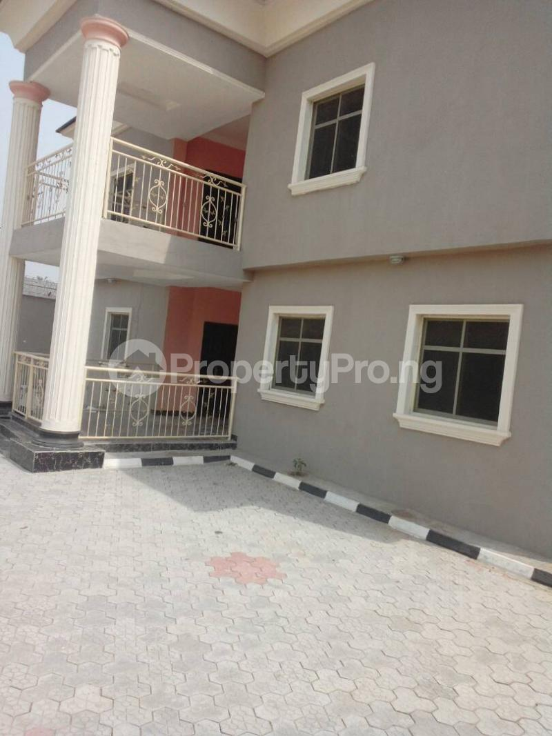 5 bedroom Detached Duplex House for sale Governor's rd Governors road Ikotun/Igando Lagos - 2