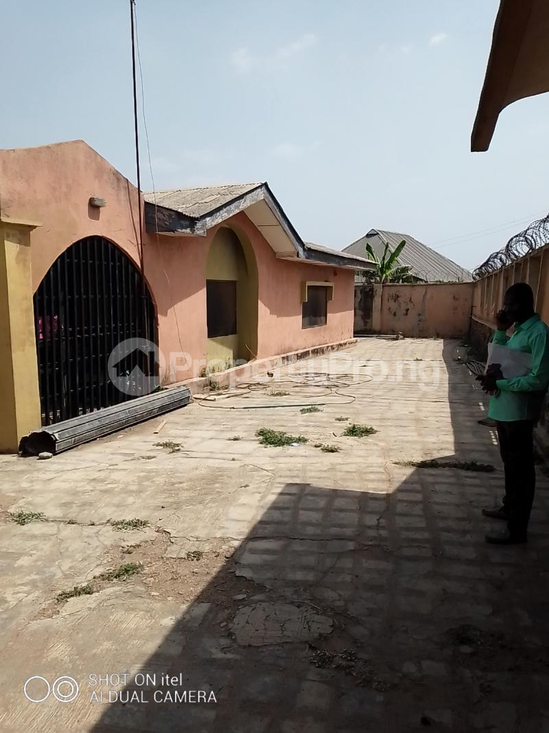 10 bedroom Shared Apartment Flat / Apartment for sale Olodo Area Iwo Road Ibadan Egbeda Oyo - 11