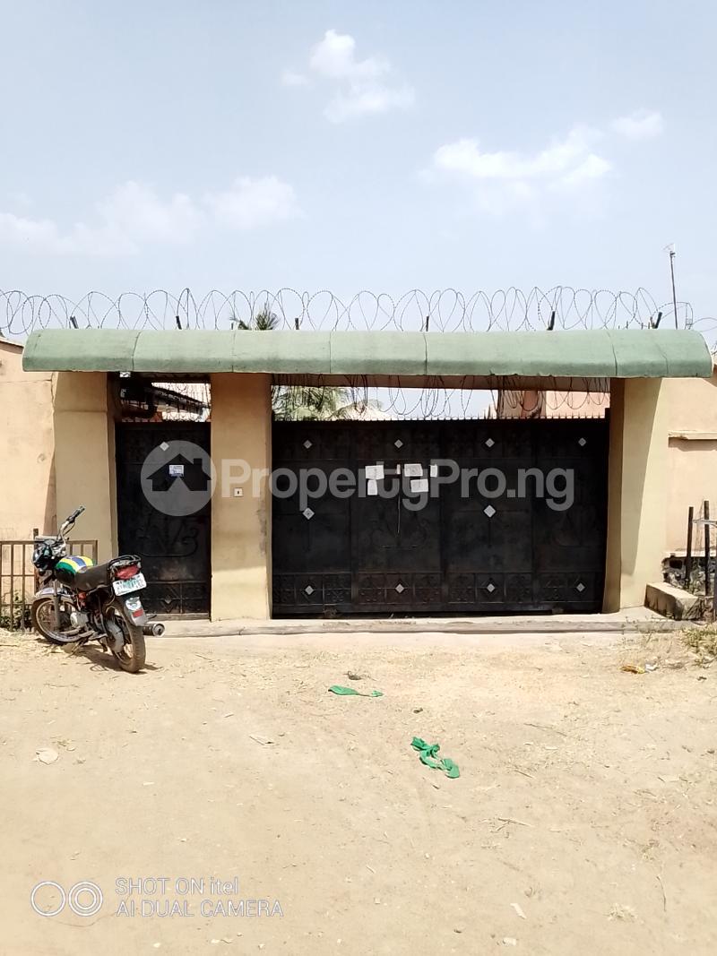 10 bedroom Shared Apartment Flat / Apartment for sale Olodo Area Iwo Road Ibadan Egbeda Oyo - 12