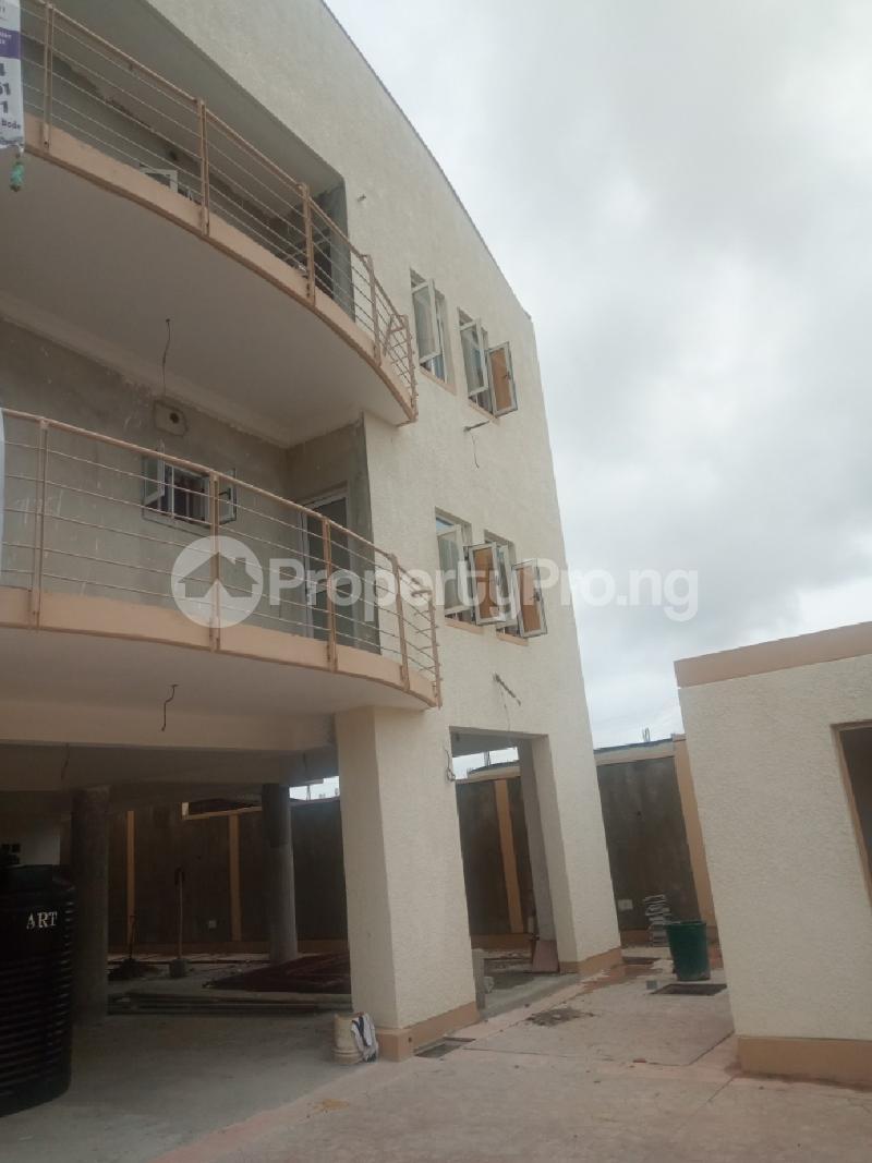 3 bedroom Flat / Apartment for rent Jakande 1st gate Jakande Lekki Lagos - 4