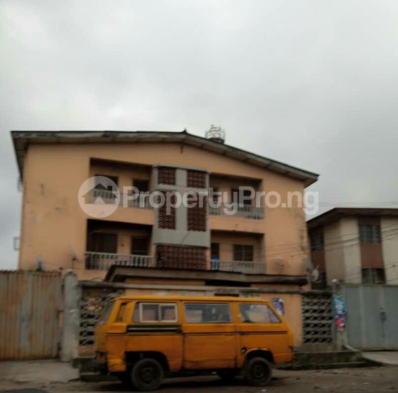Flat / Apartment for sale 26 Shonde Street, Off Adesina street Ijesha Surulere Lagos - 0