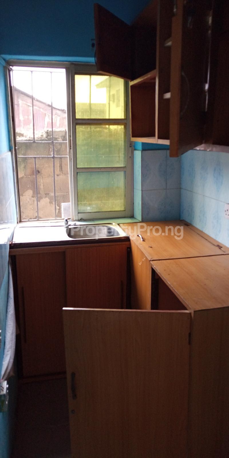 1 bedroom mini flat  Mini flat Flat / Apartment for rent Bailey street Abule-Ijesha Yaba Lagos - 3