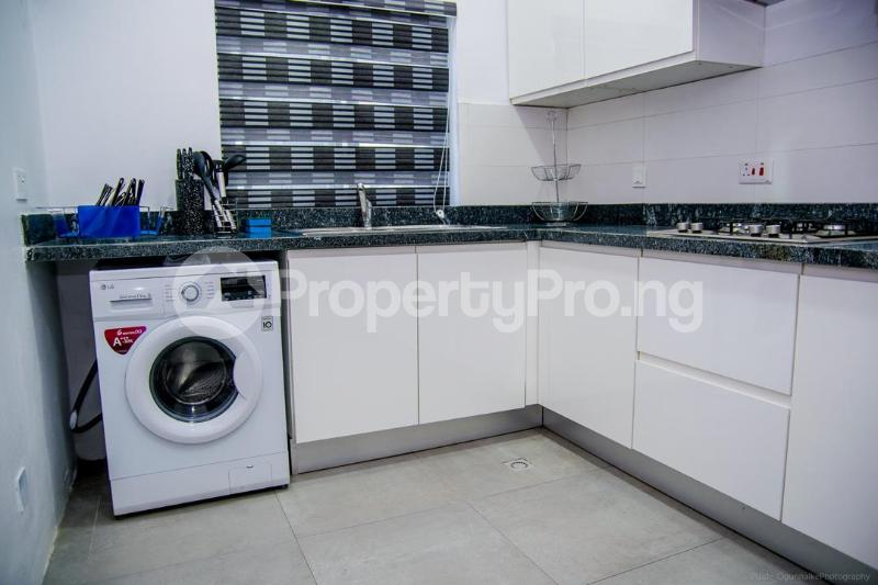 1 bedroom mini flat  Flat / Apartment for shortlet ONIRU Victoria Island Lagos - 17
