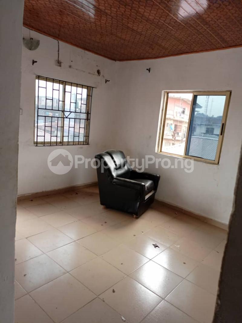 Flat / Apartment for rent Fola Agoro Yaba Lagos - 3