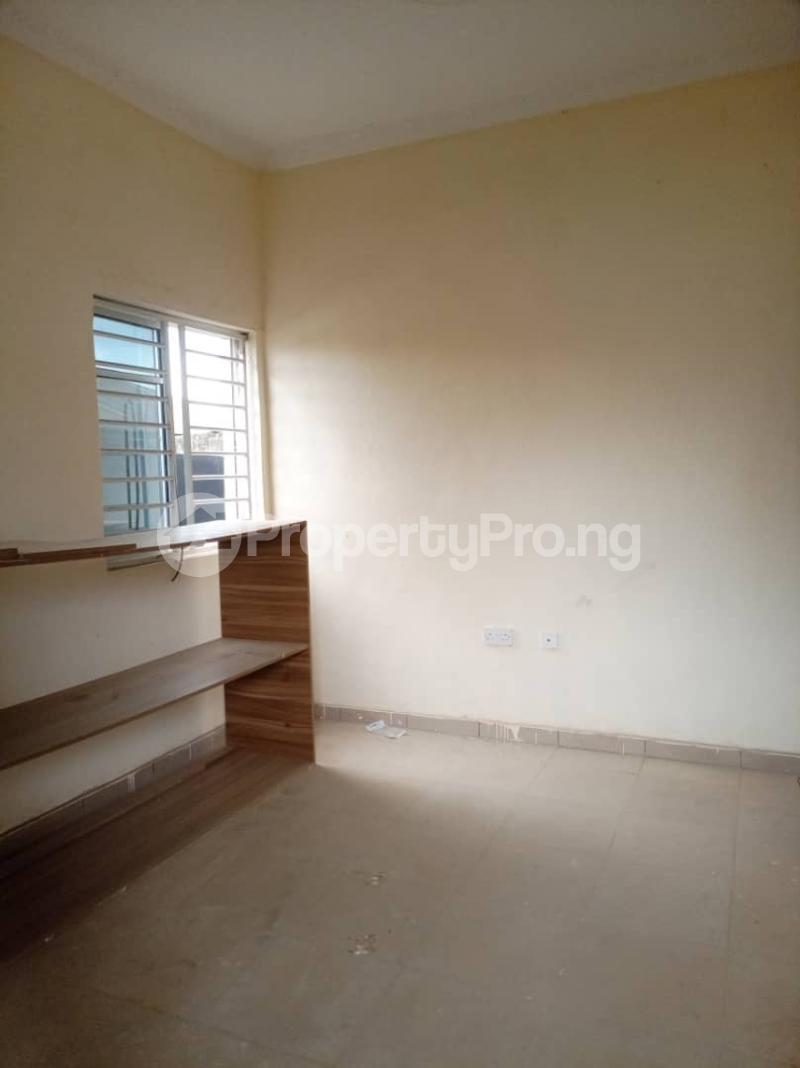 1 bedroom Flat / Apartment for rent Magboro Magboro Obafemi Owode Ogun - 6