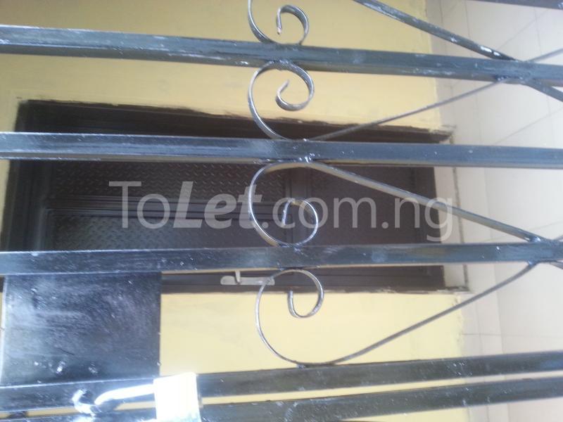 1 bedroom Flat / Apartment for rent Unity Street Phase2, Arigbawonwo Town, Along Mowe Ofada Rd Mokoloki Obafemi Owode Ogun - 5