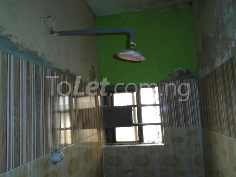 1 bedroom mini flat  Flat / Apartment for rent - Lawanson Surulere Lagos - 7