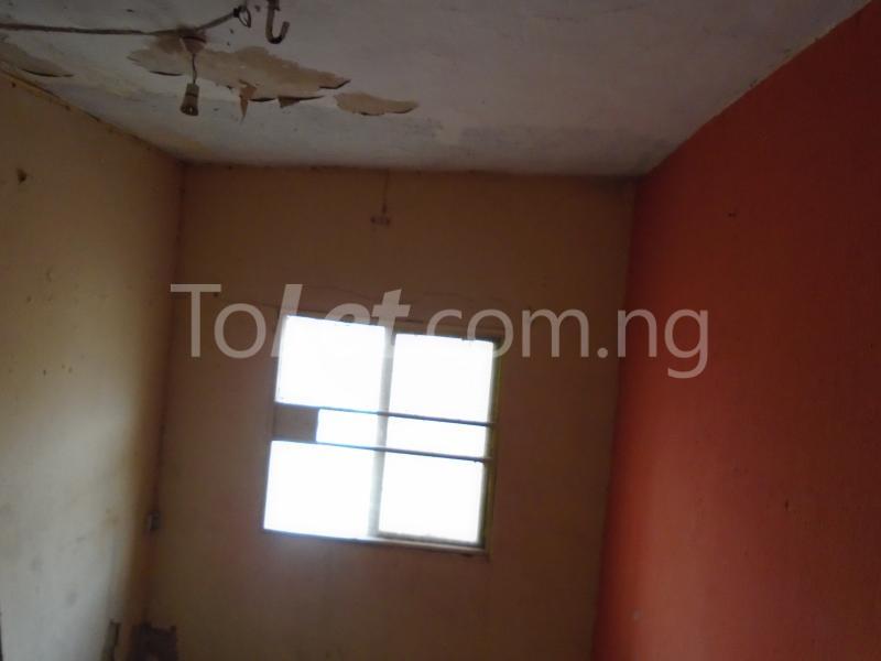 1 bedroom mini flat  Flat / Apartment for rent - Lawanson Surulere Lagos - 12