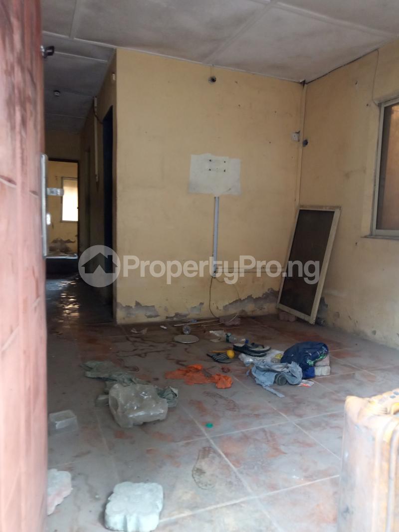 1 bedroom Mini flat for rent Alagomeji Alagomeji Yaba Lagos - 4
