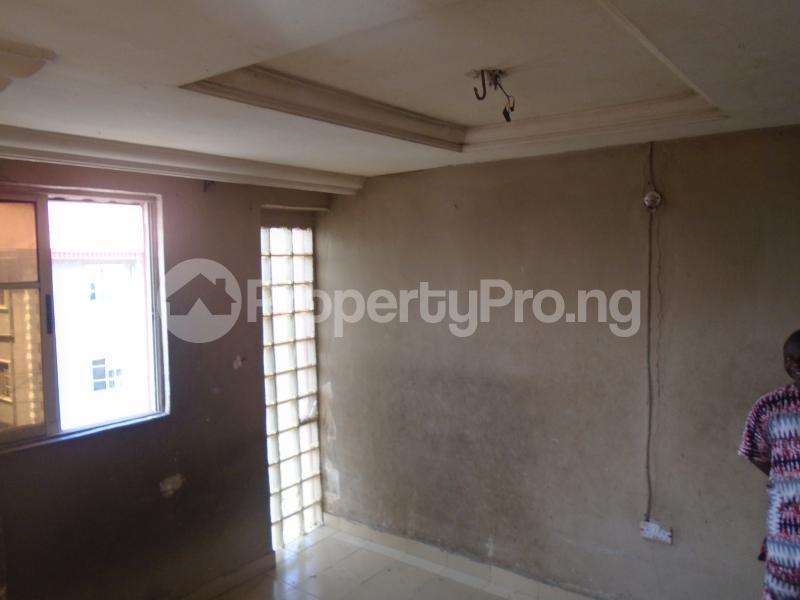 1 bedroom mini flat  Mini flat Flat / Apartment for rent itire road,lawanson Lawanson Surulere Lagos - 10