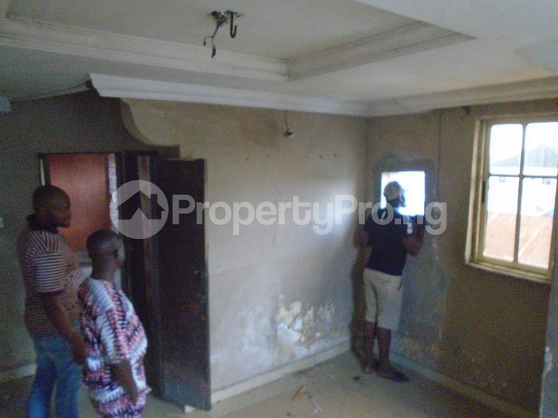 1 bedroom mini flat  Mini flat Flat / Apartment for rent itire road,lawanson Lawanson Surulere Lagos - 8