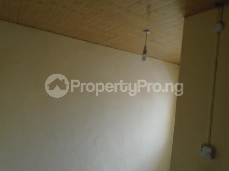 1 bedroom mini flat  Mini flat Flat / Apartment for rent close to lawanson bus stop Lawanson Surulere Lagos - 5