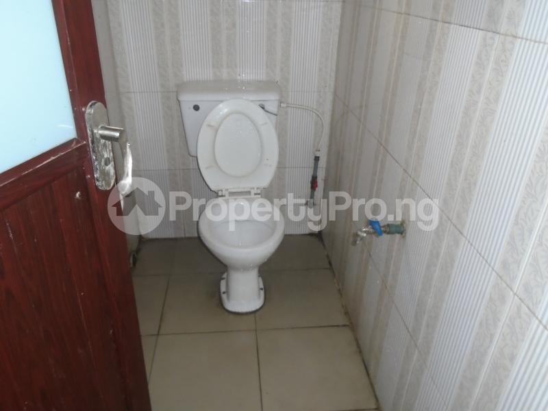 1 bedroom mini flat  Mini flat Flat / Apartment for rent close to lawanson bus stop Lawanson Surulere Lagos - 11
