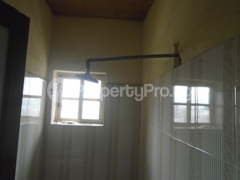 1 bedroom mini flat  Mini flat Flat / Apartment for rent close to lawanson bus stop Lawanson Surulere Lagos - 10