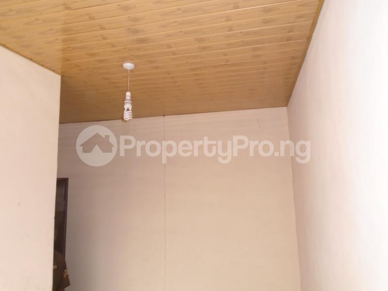 1 bedroom mini flat  Mini flat Flat / Apartment for rent close to lawanson bus stop Lawanson Surulere Lagos - 3