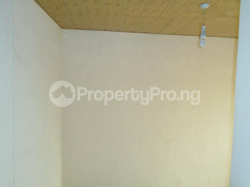 1 bedroom mini flat  Mini flat Flat / Apartment for rent close to lawanson bus stop Lawanson Surulere Lagos - 6