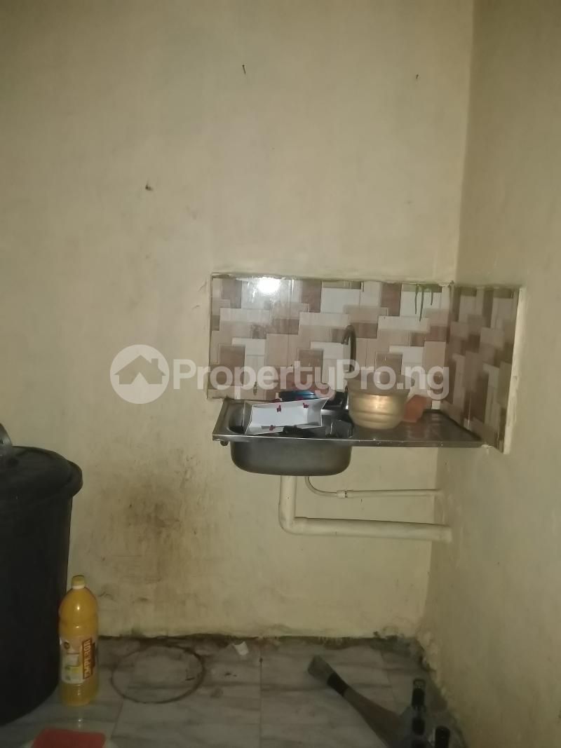 1 bedroom mini flat  Mini flat Flat / Apartment for rent Close to yabatech Abule-Ijesha Yaba Lagos - 4