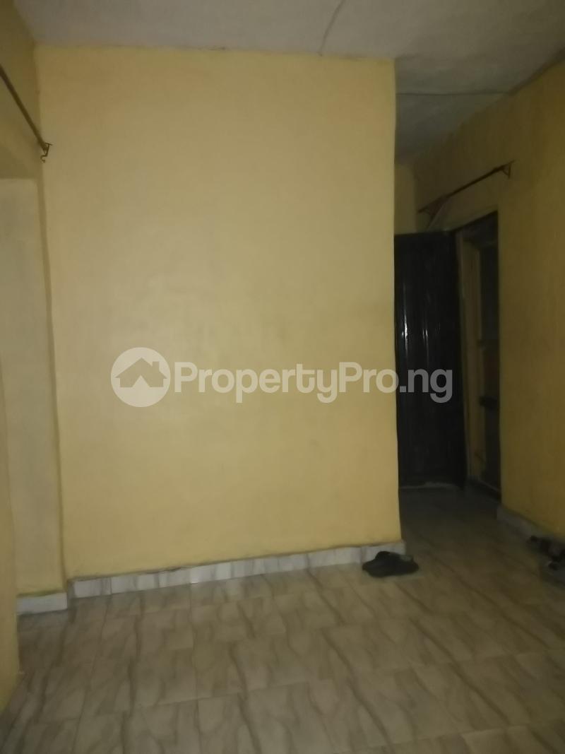 1 bedroom mini flat  Mini flat Flat / Apartment for rent Close to yabatech Abule-Ijesha Yaba Lagos - 3